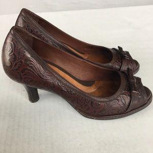 """Textured Brown Leather """"Nurture"""" Ladies Pumps, 8M"""